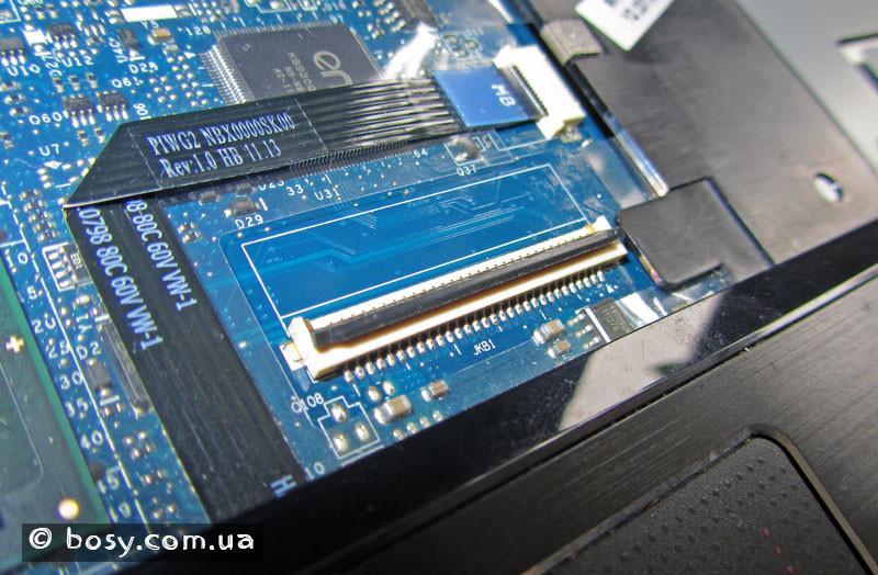 Гніздо-для-підключення-клавіатури